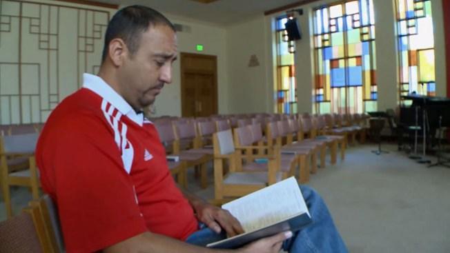 Mexicano pide refugio en iglesia