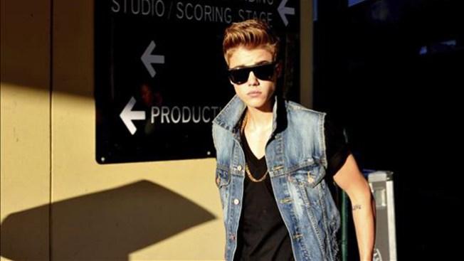 Hallan cocaína en casa de Justin Bieber