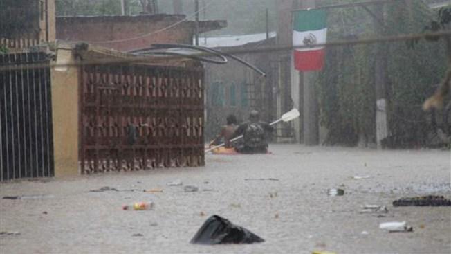 33 muertos en México por tormentas