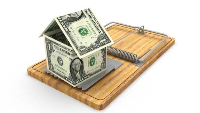 Abogado en líos por fraude a latinos con hipotecas
