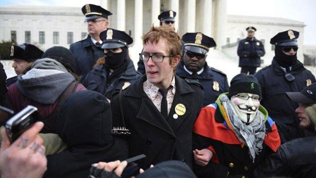 """Detienen a decenas de """"Occupy"""""""