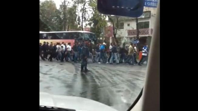 Policía infiltrada toma control en Zócalo
