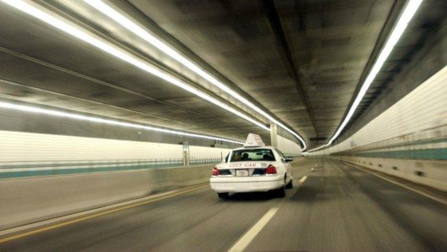 Boston busca mejorar servicio de taxis