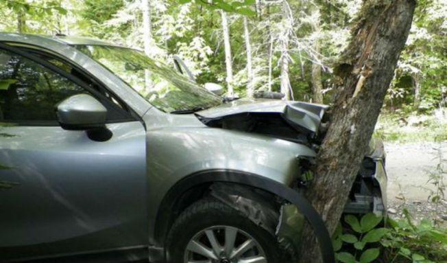 Choca su auto al intentar tomarse un ''selfie''