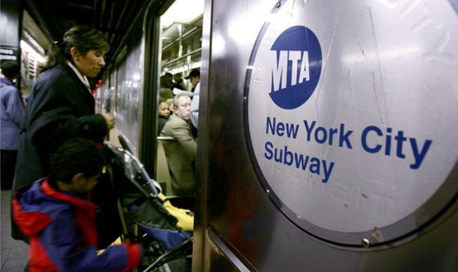 Problemas en las señales desatan arduas demoras en el subway