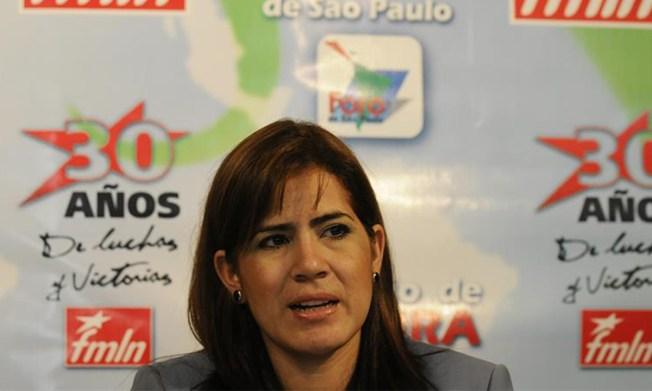El FMLN salvadoreño nombra a la diputada Karina Sosa como su candidata a la Vicepresidencia