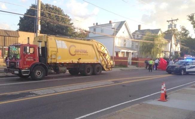 Camión de basura atropella a ciclista