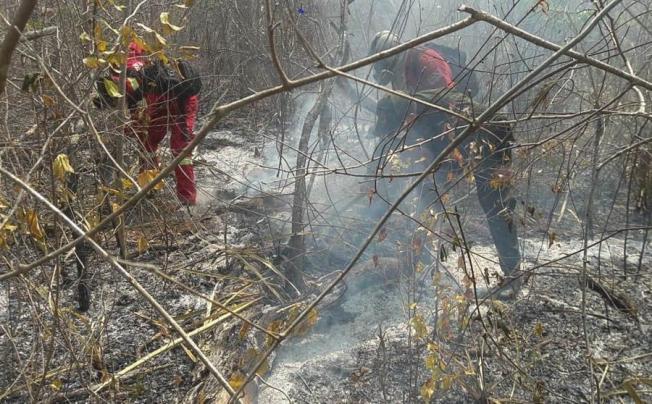 Bolivia: casi 2,000 familias afectadas por incendios forestales