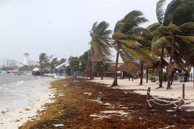 Se forma huracán Kenneth en Pacífico mexicano