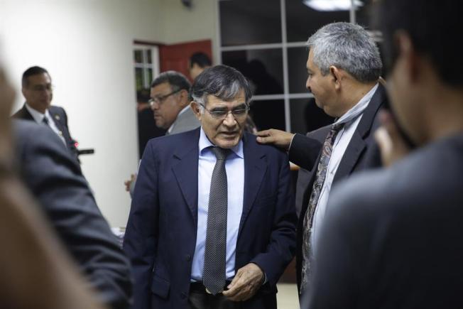 El Salvador imputa delitos a exmilitares por masacre