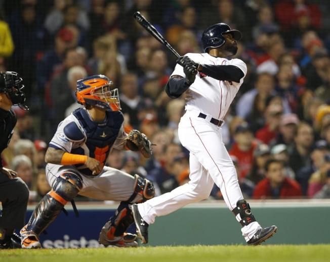 Bradley pega grand slam y los Red Sox toman ventaja