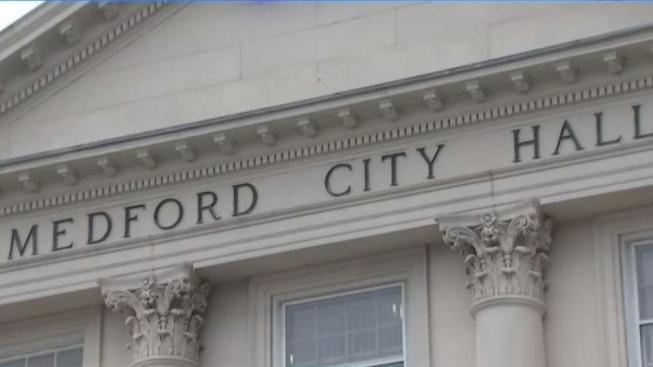 Activan medida pro inmigrantes en Medford