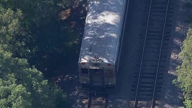 Hombre es impactado por tren del MBTA