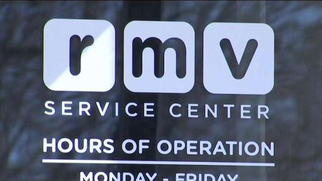 Registro de Vehículos de Motor de Massachusetts no estará disponible hasta el martes
