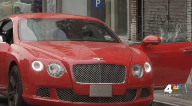 Hombre sorprendido por lluvia de balas dentro de lujoso auto